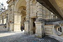 尚蒂伊城堡入口大门