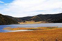 高山湖泊风光
