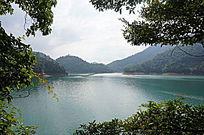 美丽的湖泊景色
