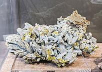 广西磷氟铅矿与水磷铝铅矿