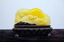 黄蜡石雕日出东方雕件