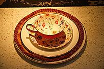陶瓷花卉图案咖啡杯