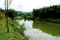 美丽的河流风景
