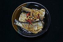 家常菜段烧翘嘴鱼