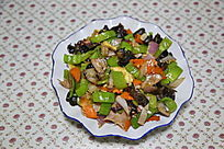 家常菜青椒烩洋葱