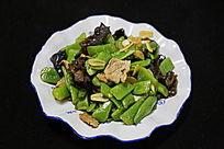 家常菜豆角炒肉片