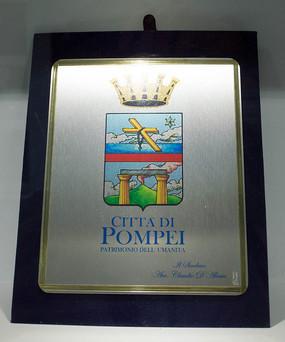 意大利学校校标