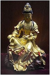鎏金观世音菩萨像