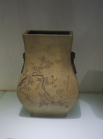 梅花喜鹊瓶