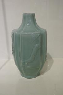 多边形陶瓷花瓶