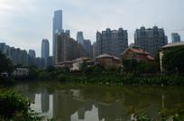 沿江建筑风景图片