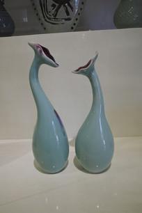 一对陶瓷花瓶