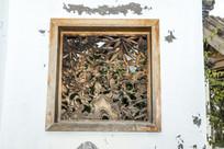 古代梅兰竹菊镂空窗雕