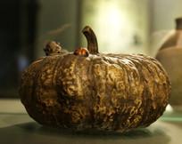 刻金龟子陶瓷南瓜