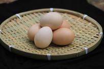 竹编装土鸡蛋
