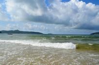汹涌的大海风景图片