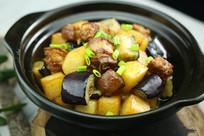 茄子土豆红烧肉