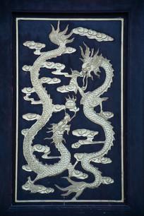 木刻浮雕双龙戏珠