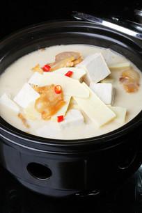 腊味柴火豆腐