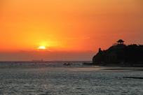 北戴河鸽子笼海上日出