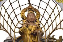 铜质鎏金菩萨雕塑