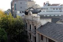 城市里的老建筑