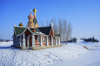 俄罗斯风格建筑白雪蓝天