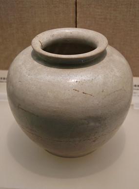 唐代邢窑白釉罐