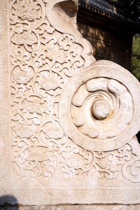 石牌楼基座雕花