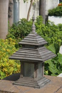 石头塔式灯箱