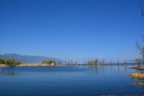 洱海的蓝天碧湖