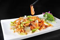 河虾炒百合