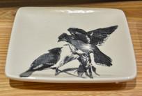 燕雀绘画盘子