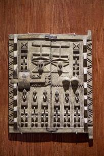 马里木雕木门