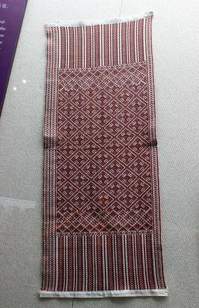 白地红线侗锦头巾