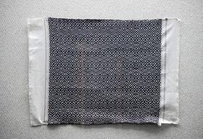 侗锦花纹头巾