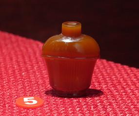 红玛瑙鼻烟壶