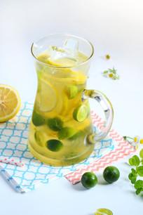 鲜桔柠檬茶饮品