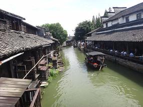 小船流水乌镇建筑
