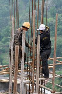 建筑工地上的工人