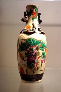 民国时期粉彩雕瓶