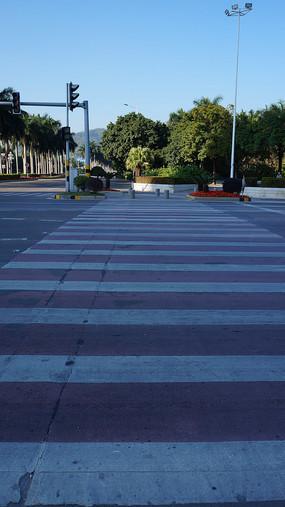 红绿灯十字路口