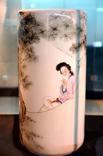 古代美女瓷瓶
