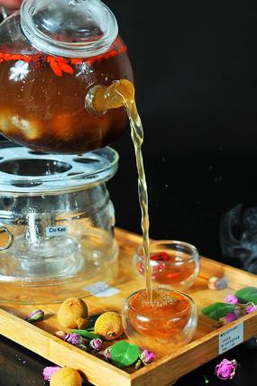 枸杞桂圆红枣茶