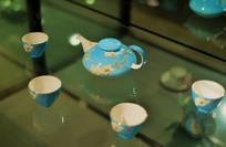 蓝釉梅花纹中国瓷茶具