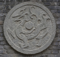 石刻浮雕龙纹