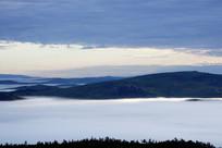 云海山峦风景