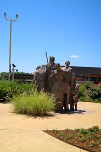 美国俄克拉荷马城现代城市雕塑