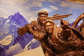 红军长征雕塑
