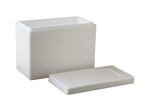 白背景上的泡沫包装盒子